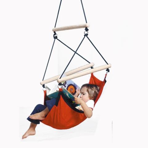 h ngematten f r kinder beliebter spiel und erholungsplatz. Black Bedroom Furniture Sets. Home Design Ideas